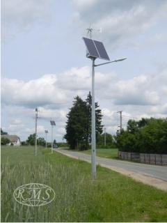 Lampy hybrydowe do oświetlenia drogi lokalnej
