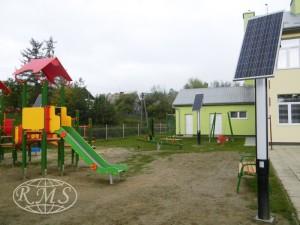 solarna lampa ogrodowa led oświetlenie placu zabaw